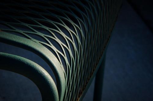 171209-metal-chair-outdoor-furniture.jpg