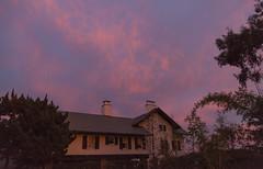 2017_12_10_la-sunset_01z (dsearls) Tags: 20171210 sunset pasadena sanmarino sky blue orange pink altocumulus weather purple violet patton georgespatton