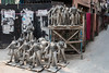 Kalighat, quartier des fabricants d'idôles, Calcutta,  Bengale occidental, Inde (Pascale Jaquet & Olivier Noaillon) Tags: idoles scènederue religionhindouisme artisanat saraswati calcutta bengaleoccidental inde ind