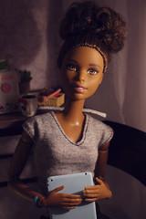 Asha (kinmegami) Tags: rement miniature dollhouseminiature handmade barbie barbiemadetomove christmas sewing machine kawamoto cookie box livingroomofkawamotofamily