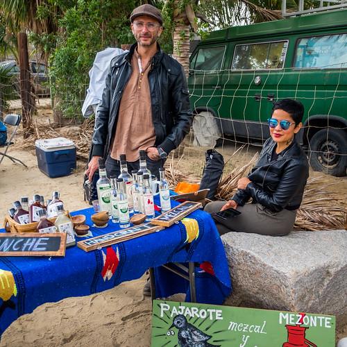 Meztone Mezcal & Ponche Pajarote