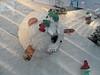 Weihnachts-Schaufenster im KaDeWe 2017 (onnola) Tags: berlin deutschland germany schöneberg kadewe kaufhausdeswestens kaufhaus departmentstore dekoration decoration schaufenster shop display weihnachten christmas window kulisse scenery wichtel elves figur puppe doll lawine avalanche kugel schnee snow