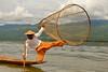Intha fisherman (_JLC_) Tags: birmania burma myanmar asia sudesteasiático retrato portrait lagoinle inlelake inle lago pescador fisherman intha étnico ethnic etnia canon canon6d eos 6d 70200f4is 70200