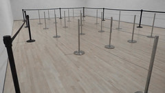 A15614 / desaturated room full o'stanchions (janeland) Tags: sanfrancisco california 94103 sfmoma stanchions march 2017 selectivedesaturation