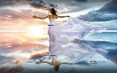 Carlos Atelier2 - No Mar (Carlos Atelier2) Tags: carlos atelier2 mar por do sol mulher pastel azul