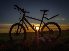 MTB 2 fertig (jrgweckerle) Tags: s starstax stimmung stativ blauestunde mtb brandenburg windräder winteraufnahme fahrrad fahrradtour
