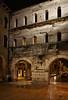Porta dei Borsari (Tigra K) Tags: verona veneto italy it 2011 antiquity architecture city light night portal rain repetition road ruin texture wall window pattern arch