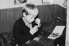Kjell (Ken-Zan) Tags: kjell ljunghav kenzan scanned bror telefon söråsen