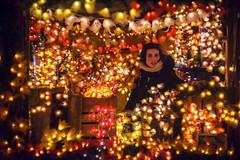 Xmas market (Jens Tischer ☼ finelights) Tags: christmas xmas portrait jenstischer d800e nikon carlzeissjena biotar75mm france scene scenery scenic streetscene streetlife city bokeh availablelight lowlight splendid precious opulent vibrant colors lights colmar glow