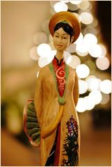 redux..........souvenir (atsjebosma) Tags: macromondays souvenir atsjebosma macro bokeh redux statuette beeldje