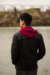 (alexrf96) Tags: alexrf96 aleruiz alexruiz alejandroruiz alejandroruizfernándezdeangulo photo photograph foto fotografía canon canonista picoftheday sevilla españa spain andalusia andalucía city ciudad model modelo boy man chico hombre retrato portrait río river guadalquivir water agua