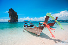 Boat at the beach, Poda Island Krabi Thailand (Patrick Foto ;)) Tags: andaman asian background bay beach beautiful blue boat cliff cloud coast copyspace destination exotic getaway island journey krabi lagoon landscape long longtail natural nature nice ocean paradise phuket poda recreation relax resort sand scenery sea seascape sky summer sunny tail thailand tourism tranquil travel trip tropic tropical vacation view water tambonaonang changwatkrabi th
