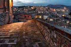 Perugia, Porta Sole (R.o.b.e.r.t.o.) Tags: perugia umbria italia italy tramonto sunset luci lights nikond850 nikkor1424mm