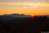 Posta de sol a Montserrat (Claudi Cervelló.) Tags: catalunya 24desembre postadesol talamanca sunset montserrat muntanya cel núvols capvespre
