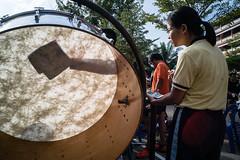 * (Sakulchai Sikitikul) Tags: street snap streetphotography sony a7s voigtlander thailand hatyai songkhla 28mm silhouette musician drum
