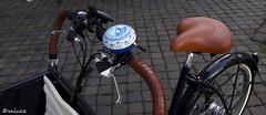 """""""La"""" sonnette ... ! (Milucide en intermittence !) Tags: tricycle poussepousse hollande paysbas maastricht sonnette delft objet"""