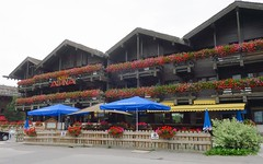 Hotel Alpina (Riex) Tags: hotel alpina chalet building batiment balcons balcony balconies fleuris flowery grimentz anniviers valdanniviers valais wallis suisse switzerland schweiz g9x