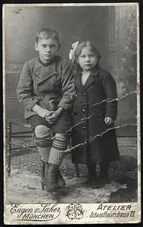 Archiv O594 Geschwister aus München, 1910er