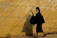 Pushkar. Rajasthan. India (Tito Dalmau) Tags: portrait man pushkar rajasthan india