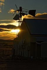 Windmill sunset at Silverton, NSW (darrylkirby) Tags: aussiehistory inlandaustralia nature newsouthwales oldbuildings oldsheds outbacknewsouthwales outdoor windmills
