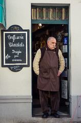 Le confiseur (dominiquita52) Tags: streetphotography shopkeeper commerçant confiseur boutique shop