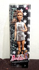 New arrival! I'm so happy that Mattel is using eighties face-molds for the new fashionistas 😍 (Big-Eyed) Tags: barbie mattel fashionista fashionistas asian kira face mold vintage silver petite