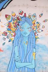 Harbour's graffitiz ! (Eniram Cerf) Tags: native indien indian bleu couleur tag graffiti art rue street regard feathers plumes bordeaux france culture populaire