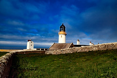 Dunnet Head Lighthouse (scuthography) Tags: dunnethead lighthouse light blue green summer scotland fantastic amazing windy house old north scuthography
