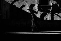 (silvanoalloggio) Tags: bari street streetphography monochrome blackandwhite biancoenero sonyalpha6300