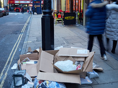 20171230T15-55-02Z-_C300886 (fitzrovialitter) Tags: england gbr geo:lat=5151595600 geo:lon=014123600 geotagged oxfordcircus unitedkingdom westendward peterfoster fitzrovialitter rubbish litter dumping flytipping trash garbage urban street environment london streetphotography documentary authenticstreet reportage photojournalism editorial captureone littergram exiftool olympusem1markii mzuiko 1240mmproultra gps loggercity