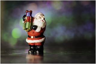 Macro Mondays - Member's Choice - Bokeh  - Santa