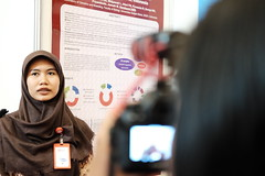 Nailil Husna presents her poster (International Conference on Health Sciences) Tags: international health sciences ichs 2017 yogyakarta indonesia eastparc universitas gadjah mada bpp ugm badan penerbit publikasi medicine medical research researcher speaker emerging reemerging infectious disease tropical neglected sexually transmitted drug resistance technology clinical presentation conference annual ichs2017