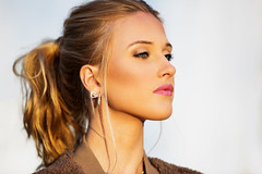 Week 5 Wildcard:Photographer's Choice (arlene sopranzetti) Tags: beauty woman fashion dogwood2018