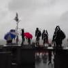 Wet figures (Schnipselgalerie) Tags: olympus omd em10 1240mm street bunt wangerooge tropfen strand regenschirm regen glasscheibe menschen unscharf unschärfe