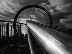 Tiger and Turtle (Meinersmann, Thomas) Tags: 1240mm128pro duisburg magicmountain omdem5markii olympus september2017 thomasmeinersmann tigerandturtle bw nrw