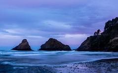 Heceta Sunrise (Ranbo (Randy Baumhover)) Tags: oregon oregoncoast pacificocean hwy101 heceta sunrise lighthouse