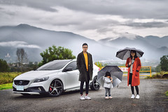 雨裡的浪漫 (M.K. Design) Tags: taiwan volvo life moment nature hdr portrait cars scenery travel roadtrip v40 v40crosscountry v40cc modified kw stance erst vs5r apracing hatchback wagon madebysweden 台灣 埔里 雲海 生活 旅行 掀背車 旅行車 人像 寫真 家庭 親子 改裝 自然 尼康 nikon simga primelens 50mm f14 art bokeh 定焦鏡 適馬 淺景深 散景 國際富豪 瑞典國寶