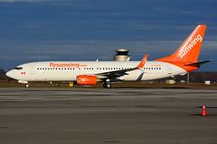 C-FLSW (Sunwing Airlines) (Steelhead 2010) Tags: sunwingairlines boeing b737 b737800 yhm creg cflsw