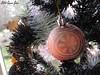 Christmas Decorations (Little Queen Gaou) Tags: glitters paillettes ball boules noël tree arbre christmas decoration décoration guirlandes gold white holyday festive festif doré