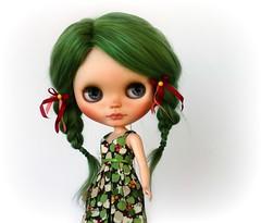 Blue eyes...green hair!