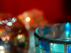 Light drunk bokeh HMM #MacroMondays #Member'sChoice-Bokeh (Ker Kaya) Tags: macromonday bokeh closeup proxi blue light diffraction reflection transparent transparency kerkaya fdekerkaya bauble christmasbauble glass rainbow ceramic mosaic drink sony dscrx10 dscrx10iv dscrx10m4 sonydscrx10m4 mood photophore candle candlelight memberschoicebokeh blur colors colours mm hmm macro carlzeiss zeisslens teal rx10 rx10iv rx10m4 bridge