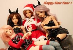 Best wishes 2018 ! (sevader.w) Tags: bjd doll msd vmf50 angelphilia devil santa pinkdrops wishes aki ran mikako sayuri tanskin