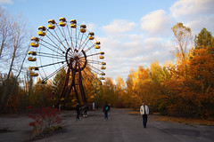 Autumn in Pripyat Amusement Park (tarmo888) Tags: sel18200 sonyalpha sonyα nex7 geotaggedphoto geosetter sooc photoimage фотоfoto year2017 gpscalculator ukraine україна ukrayina украи́на украина chernobyl chornobyl чорнобиль чернобыль czarnobyl tšornobõl tšernobõl pripyat при́пять prõpjat urbanexploration urbex ruinporn зимовище kyivska interesting