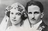 RIA & WILLI (MEINE GROSSELTERN) (LitterART) Tags: hochzeitsfoto retro vintage oldphotographies paar pair grandparents groseltern weddingphoto österreich wien vienna history geschichte liebe love