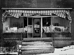 It's All Down Hill From Here (Explore 1/7/2018) (Don Henderson) Tags: storefront mompopbusiness closed springdale alleghenycounty pennsylvania marlborocigaettes iquit salestominors gianteaglesupermarkets murphysmart gone razed demolished