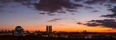 Madrid Dic 17 (alcorlopantano) Tags: madrid torres castellana skyline puesta de sol bbva la vela