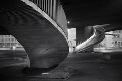 stairs (Toni_V) Tags: m2406256 rangefinder messsucher leica leicam mp typ240 type240 35lux 35mmf14asphfle summiluxm iso1250 dof bokeh stairs treppen sichtbeton concrete escherwyssplatz hardbrücke fog nebel mist bw monochrome blackwhite schwarzweiss city stadt urban switzerland schweiz suisse svizzera svizra europe zurich zürich zurigo ©toniv 2018 180106 architecture böscharchitekten