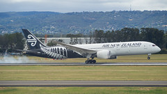 Air New Zealand | B787 | ZK-NZC (Anthony Kernich Photo) Tags: airnewzealand anz boeing boeing787 boeing7879 dreamliner b789 airplane aircraft airplanepicture airplanephotograph airplanephoto adelaide adelaideairport closeup zoom longlens plane aviation jet olympusem10 olympus olympusomd commercialaviation planespotting planespot aeroplane flight flying airline airliner kadl kpad adl airport raw ypad livery star 787 7879 widebody zknzc