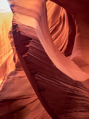 Antelope Canyon (Ramona H) Tags: az antelopecanyon arizona navajo usa canyon slotcanyonsandstone stone