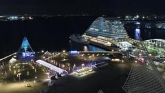 Midnight Harbour Ⅱ / Kobe Harbour (maco-nonch★R) Tags: kobe night nightshot illuminated longexposure manualexposure manualfocus canon eosm5 efm22mmf2stm businesstrip harbor harbour hotelokurakobe